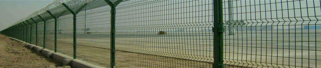 reja-de-acero-recubierta-en-pvc-maxima-seguridad-perimetral-terreno-07-07-1024x219